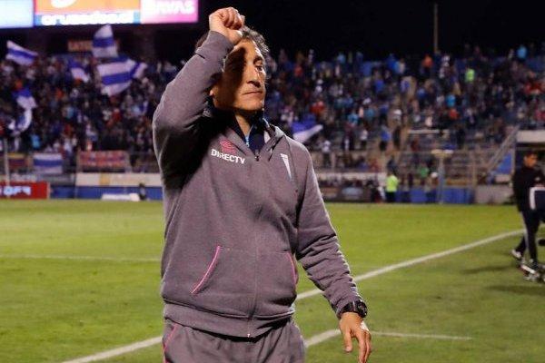 Mario Salas, segundo DT con más títulos en la historia de la UC / Foto: Photosport