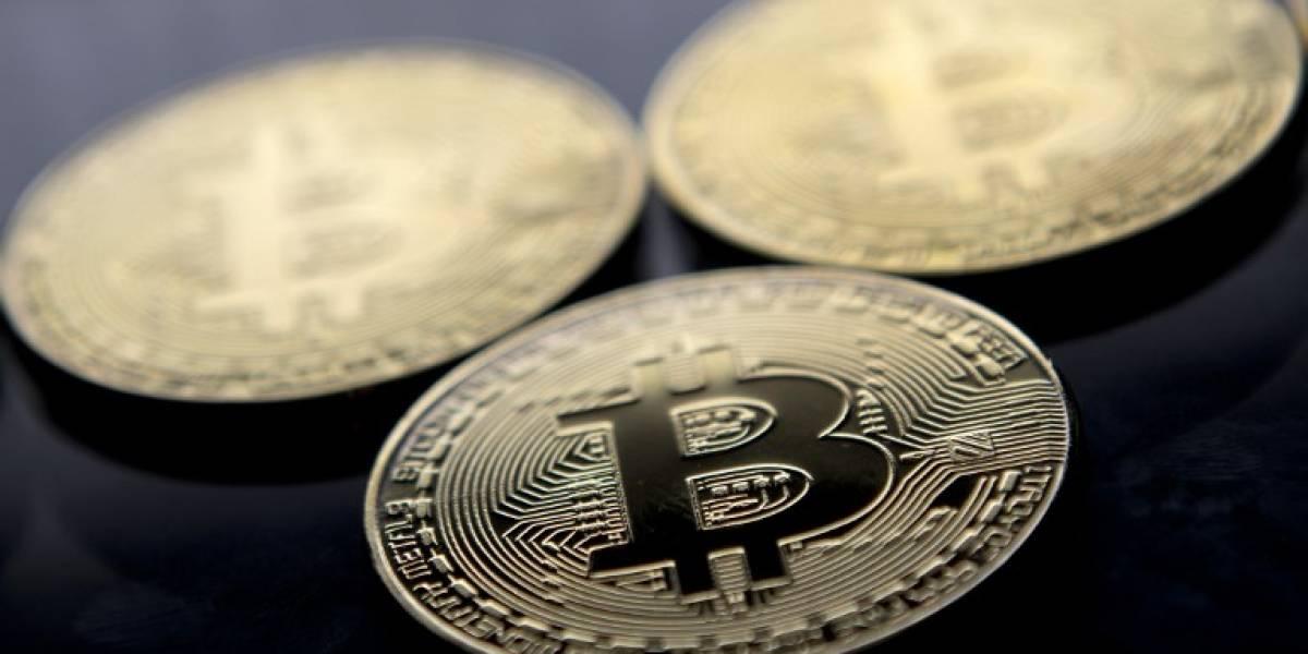 Bitcoin se dispara a casi 10 mil dólares y logra nuevo récord