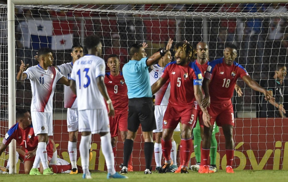 'Bolillo' Gómez elogió a panameños que juegan en el fútbol peruano