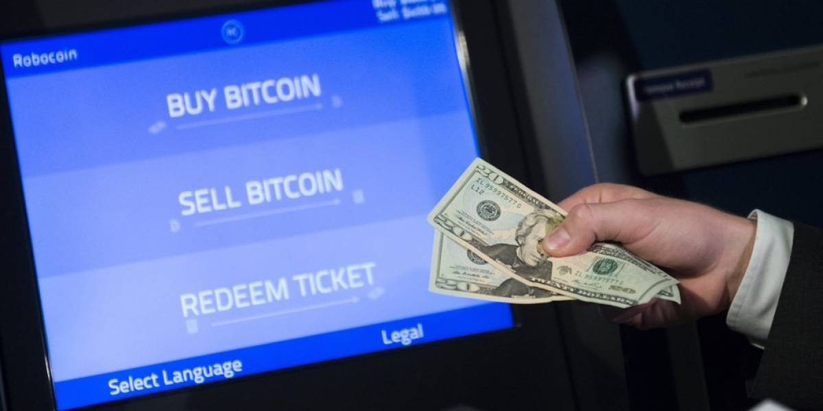 """¿Cómo y dónde comprar bitcoins?: guía básica para invertir en el """"oro digital"""" y cuáles son los riesgos"""