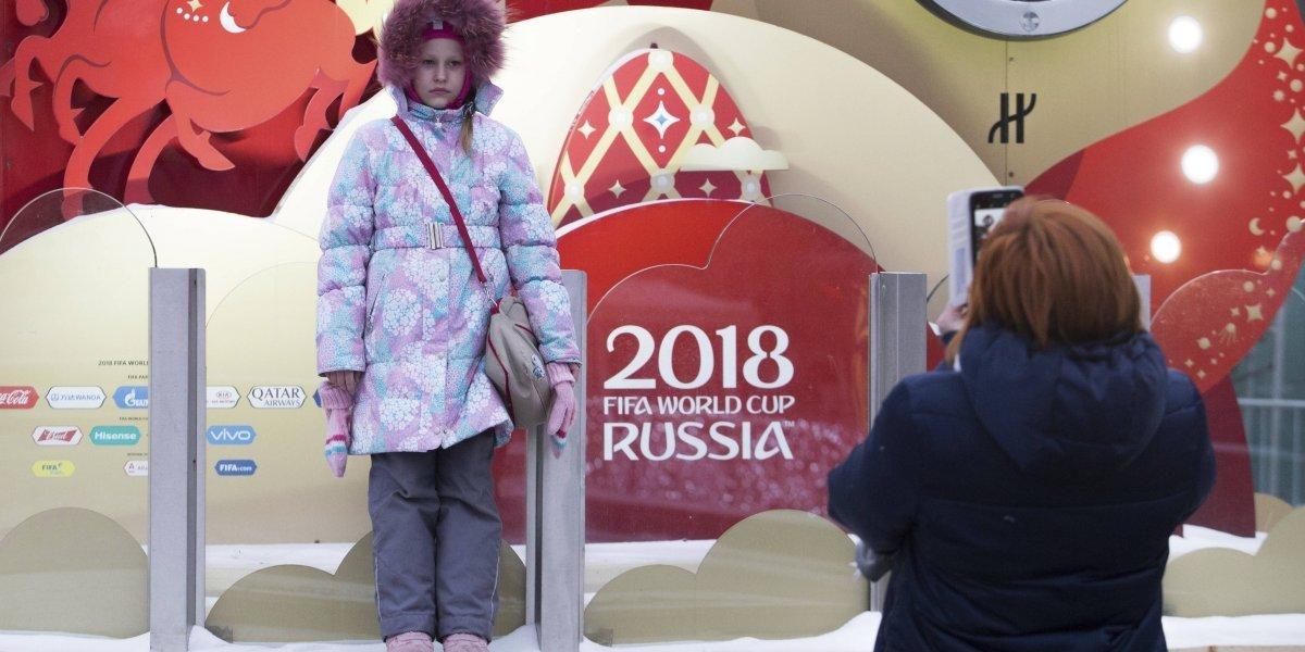 Langostas podrían destruir campos de Rusia 2018