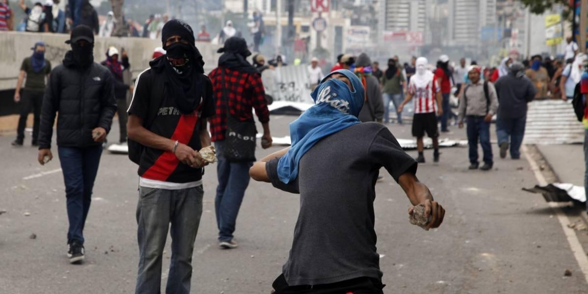 Aumenta tensión en Honduras por demora de conteo final de votos