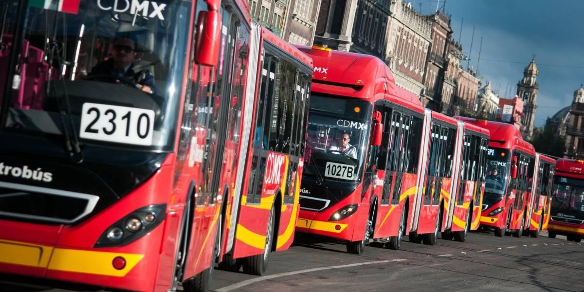 Adultos mayores a 60 años entrarán gratis al Metrobús