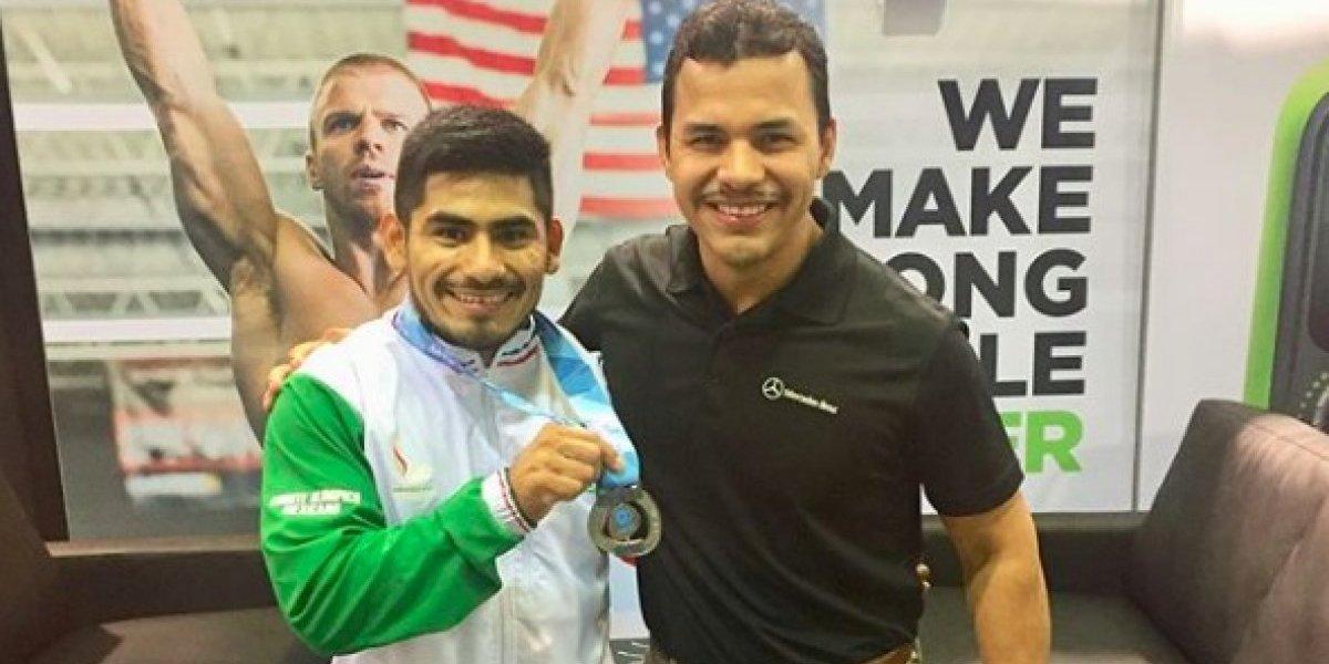 Mexicano Lino Montes gana plata en Mundial de pesas