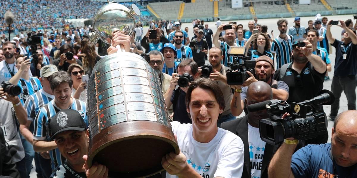 Palmeiras faz propostas por Geromel e Zeca, diz Neto