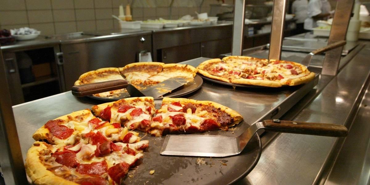 Una marca tradicional de pizza dejará de estar entre los colombianos