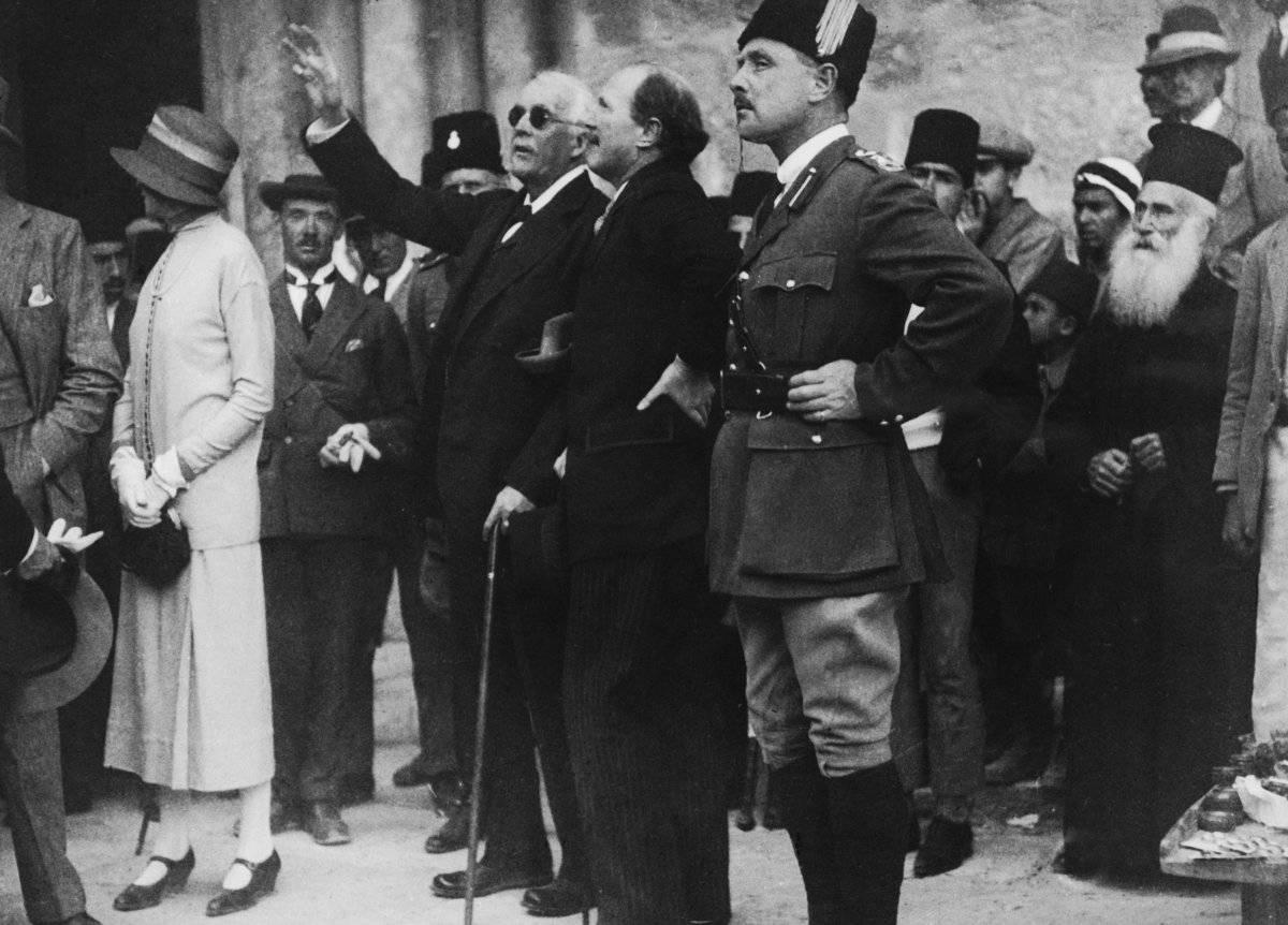 Arthur Balfour, de visita en Jerusalén.
