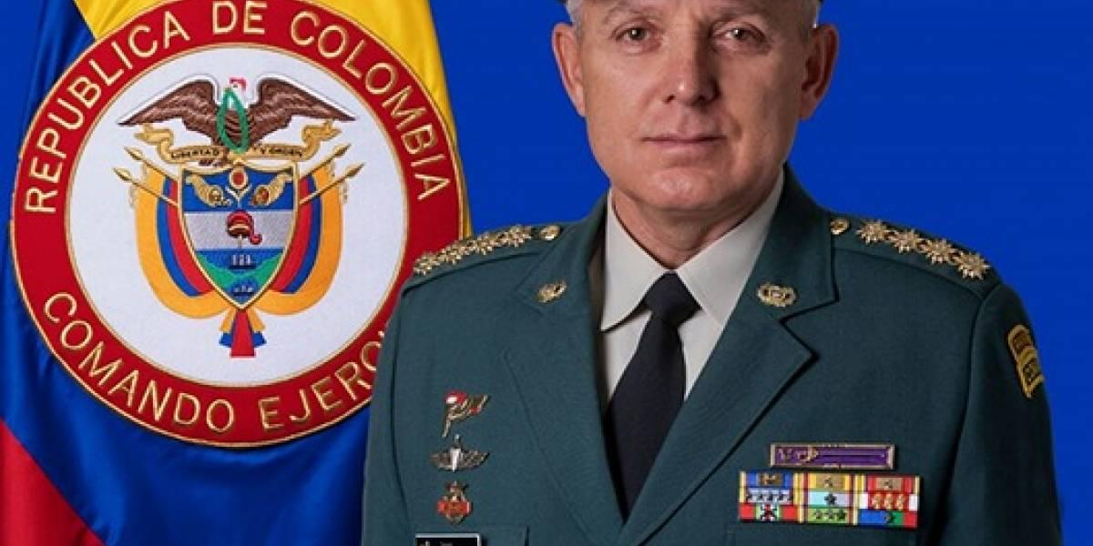Santos designa al general Mejía como nuevo comandante de las Fuerzas Militares