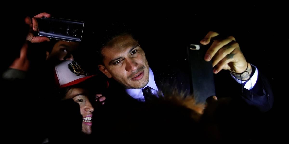 Acusado de doping, Guerrero deixa julgamento na Fifa confiante da absolvição