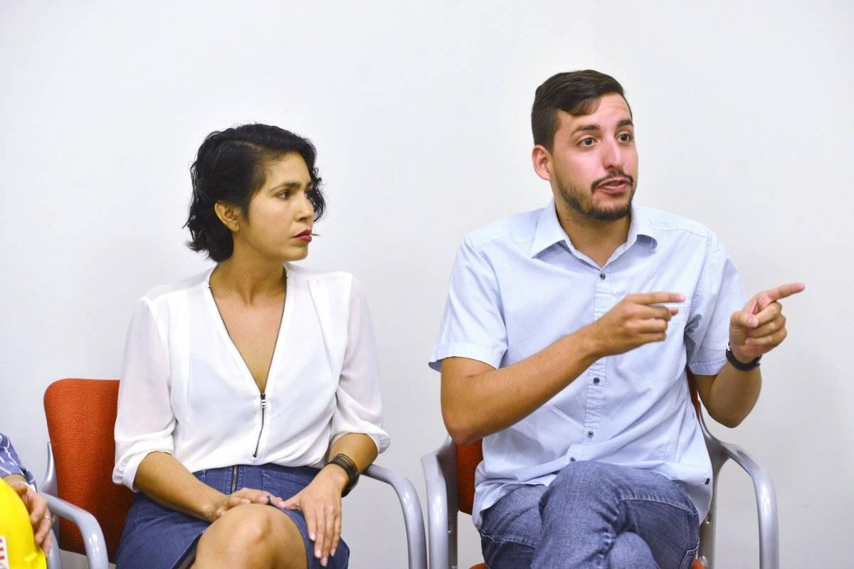 Jorge Pagán, líder de la organización comunitaria Puerto Rico Cambia y Melissa Cortés, empresaria del Mercado Libre en Santurce.