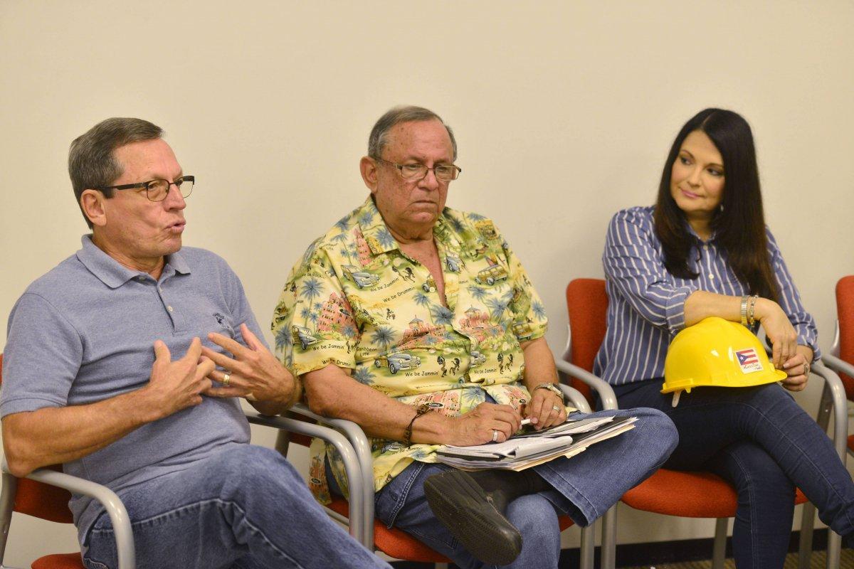 José Rivera Santana, planificador, Epifanio Jiménez, exdirector de Manejo de Emergencias y Astrid Díaz, arquitecta.