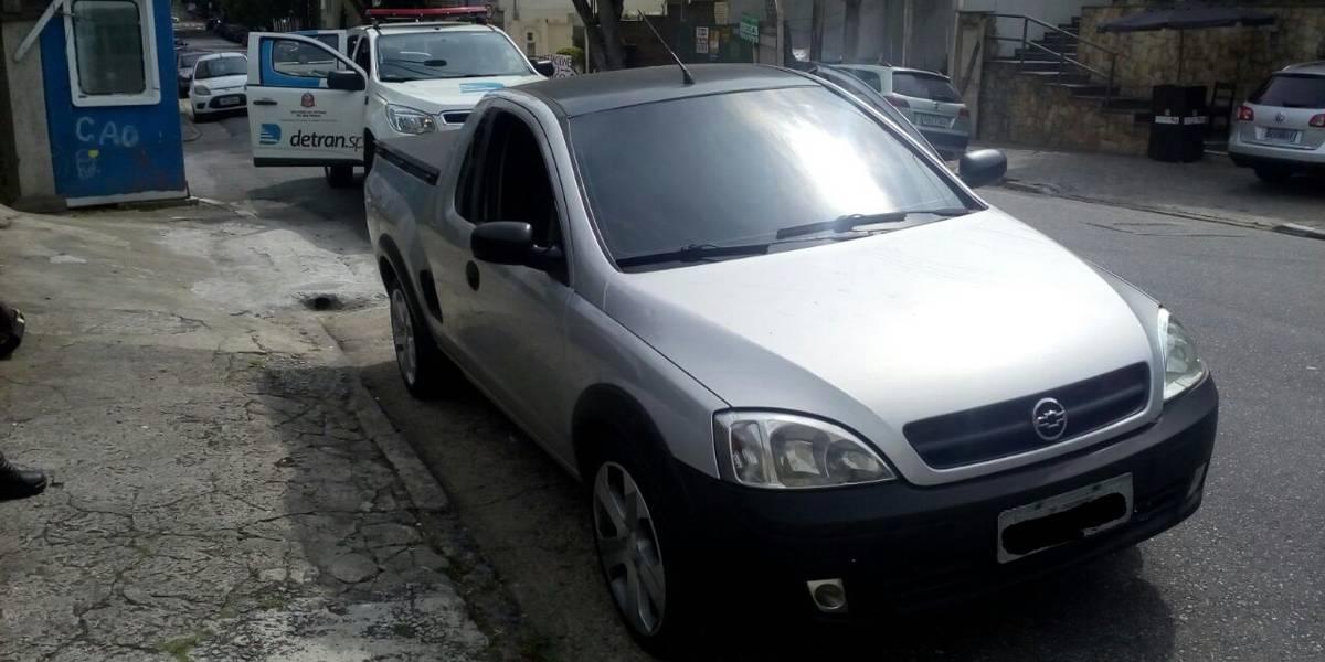 Carro com mais de 1,5 mil infrações de trânsito é apreendido em Moema