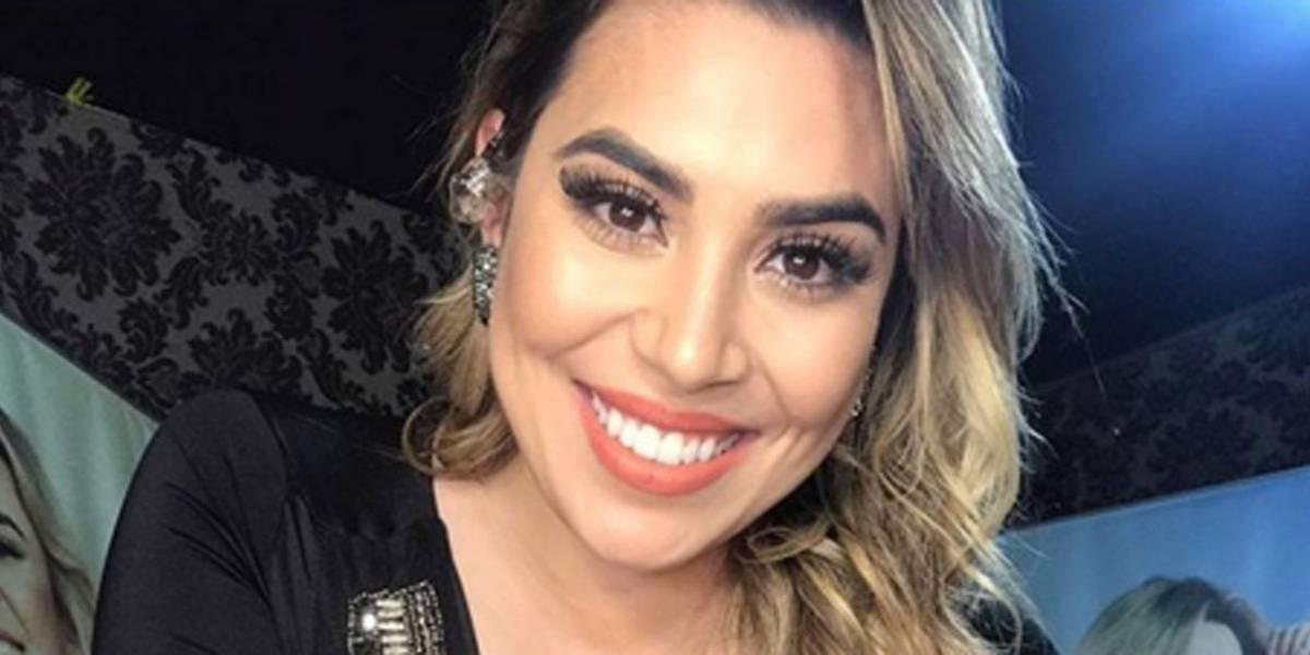 Fã oferece dinheiro para dar abraço em Naiara Azevedo
