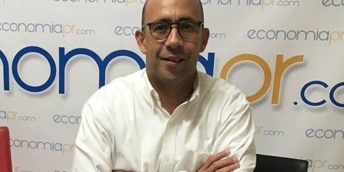 Economistas puertorriqueños participan de reunión con la Junta