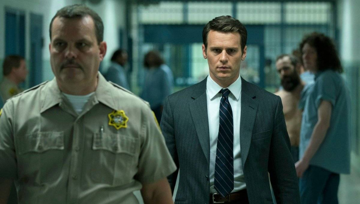 """""""Mindhunter"""" (Netflix). Baseada em fatos reais, a trama mostra o trabalho de um agente do FBI (Jonathan Groff) que entrevista psicopatas encarcerados para desenvolver um estudo comportamental que ajude a impedir futuros crimes brutais / Reprodução"""