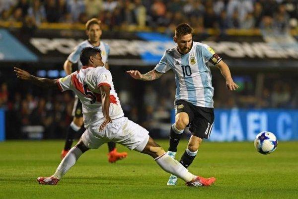 Argentina y Perú chocaron en la penúltima fecha de las clasificatorias sudamericanas a Rusia 2018. Igualaron sin goles en La Bombonera / Foto: AFP