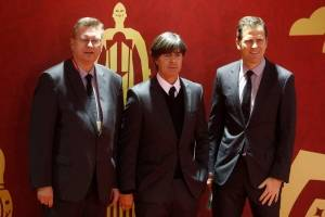 O treinador da Alemanha, Joachim Low, e o técnico do time Oliver Bierhoff