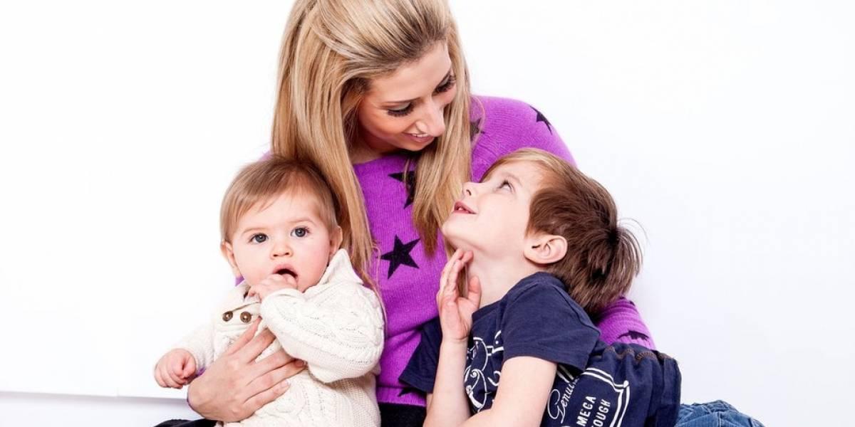 """""""Me sentía con vergüenza y sin derecho a disfrutar del embarazo"""": 5 testimonios sobre la """"culpa"""" de ser madre o padre (y qué hacer para superarla)"""