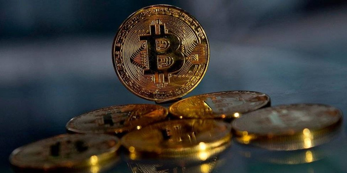Operadores de criptomonedas emplazan a bancos por cierre de cuentas