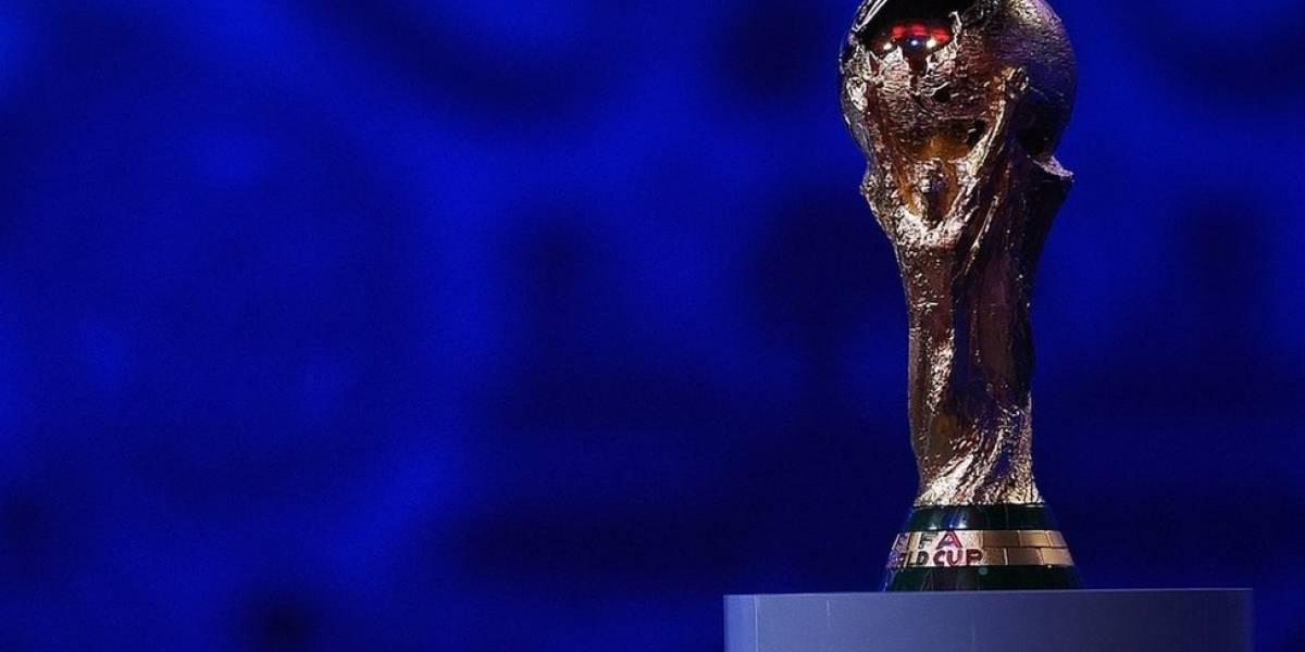 Puyol asusta a todos con los ensayos del sorteo Rusia 2018