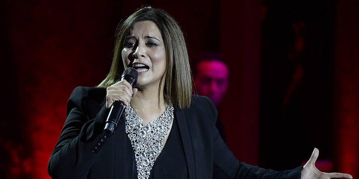 La emocionante sopresa de Myriam Hernández a cantante ciego en el Paseo Ahumada