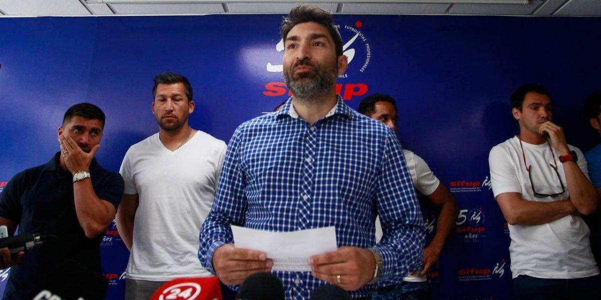Sifup mantiene el paro del fútbol y reconoció acercamiento con la ANFP por el caso Naval