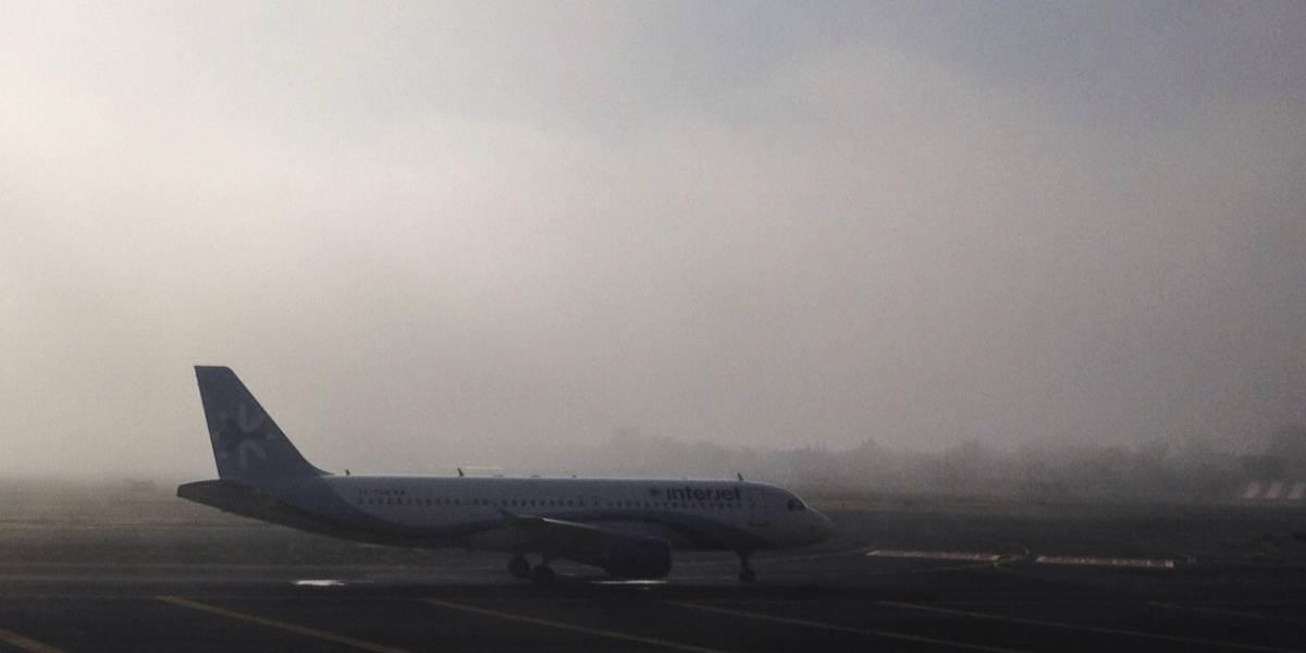 Banco de niebla afecta AICM y zona oriente de la Ciudad de México
