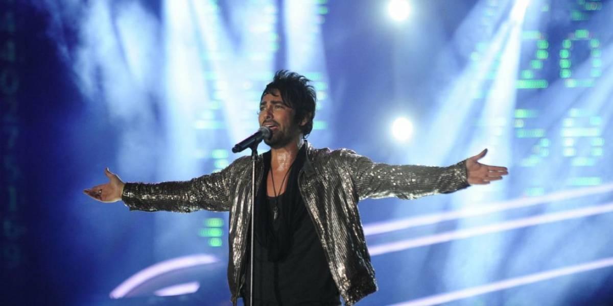 """""""Sin dolor no te haces feliz. Descripción gráfica"""": Beto Cuevas sufre caída durante concierto en México y así reaccionaron las redes sociales"""