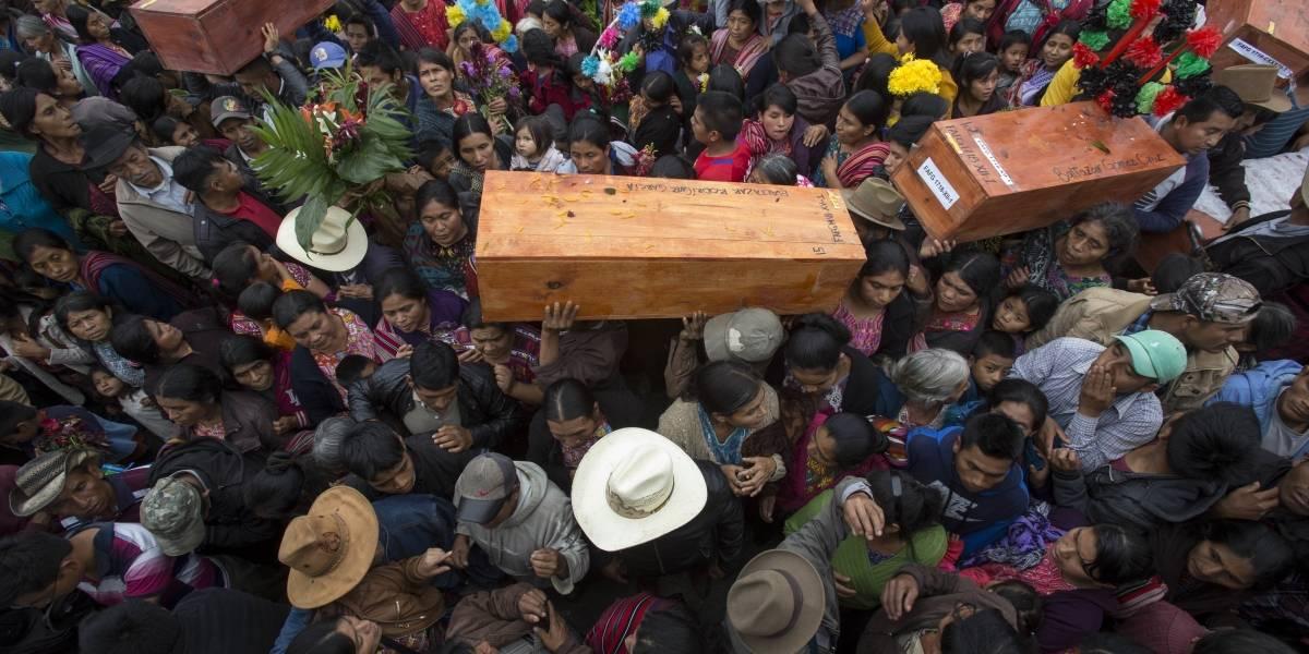 Entregan restos de víctimas del conflicto armado a sus familiares en Quiché