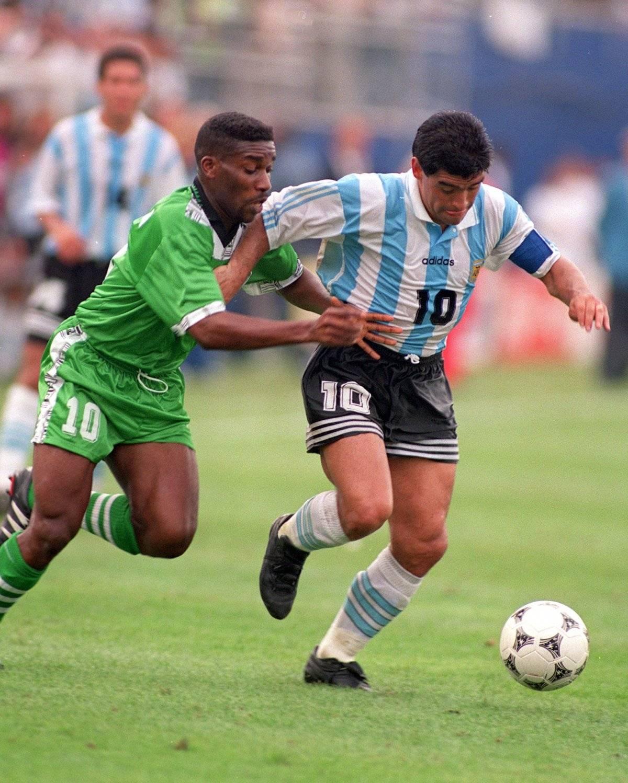 Argentina y Nigeria jugaron por primera vez en un Mundial en 1994 / imagen: Getty Images