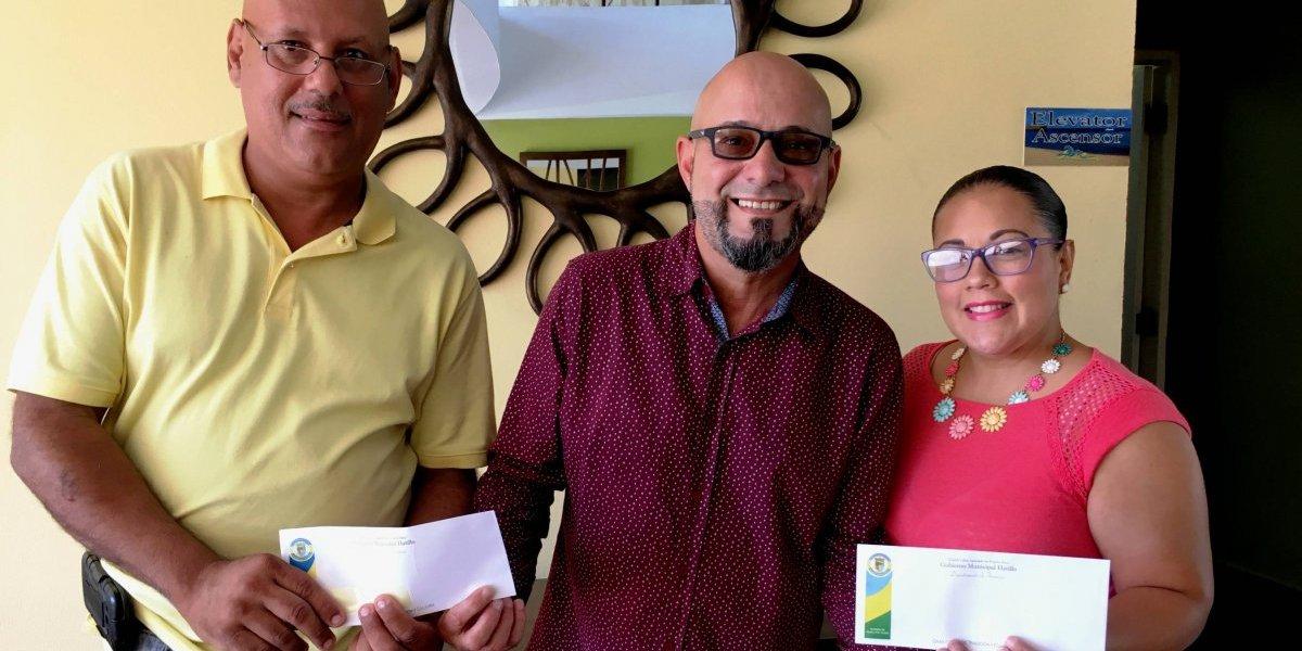 Municipio de Hatillo entrega bono de Navidad