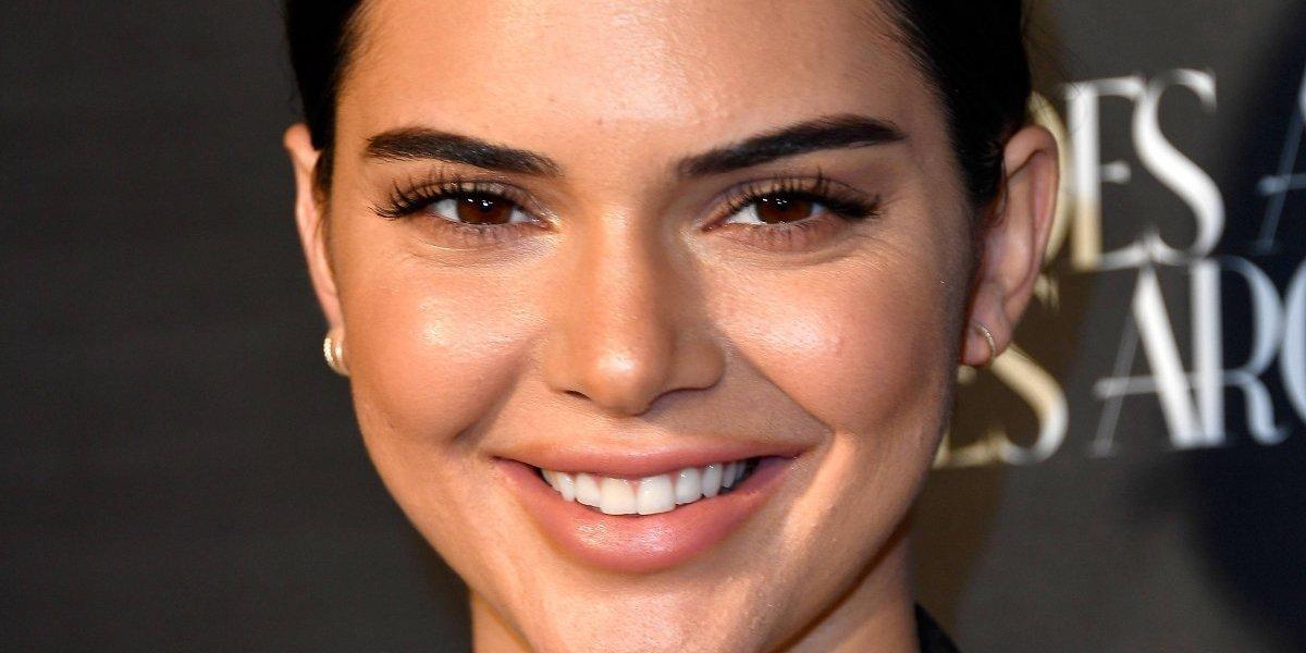 Kendall Jenner derrite a sus fans con un diminuto bikini que dejó poco a la imaginación