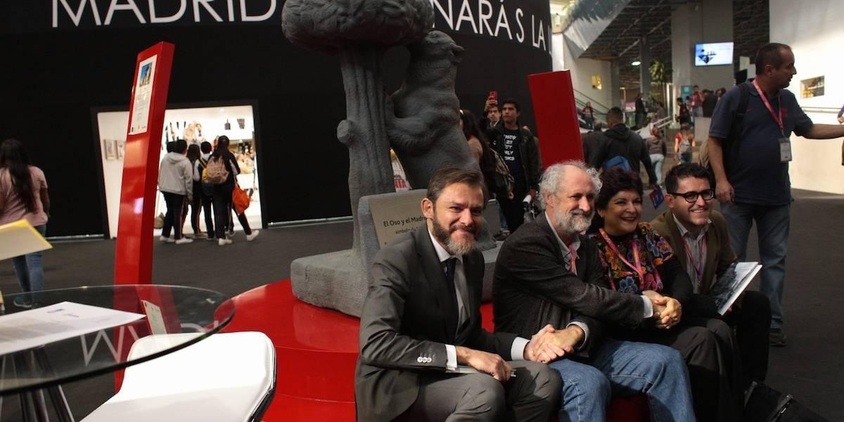 Madrid dona réplica de 'El oso y el madroño' a Guadalajara