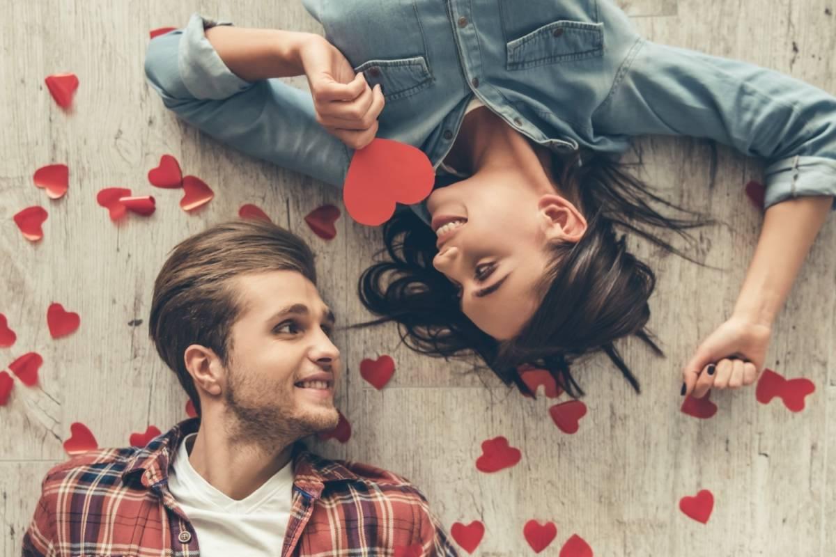Resultado de imagen para pareja enamorada