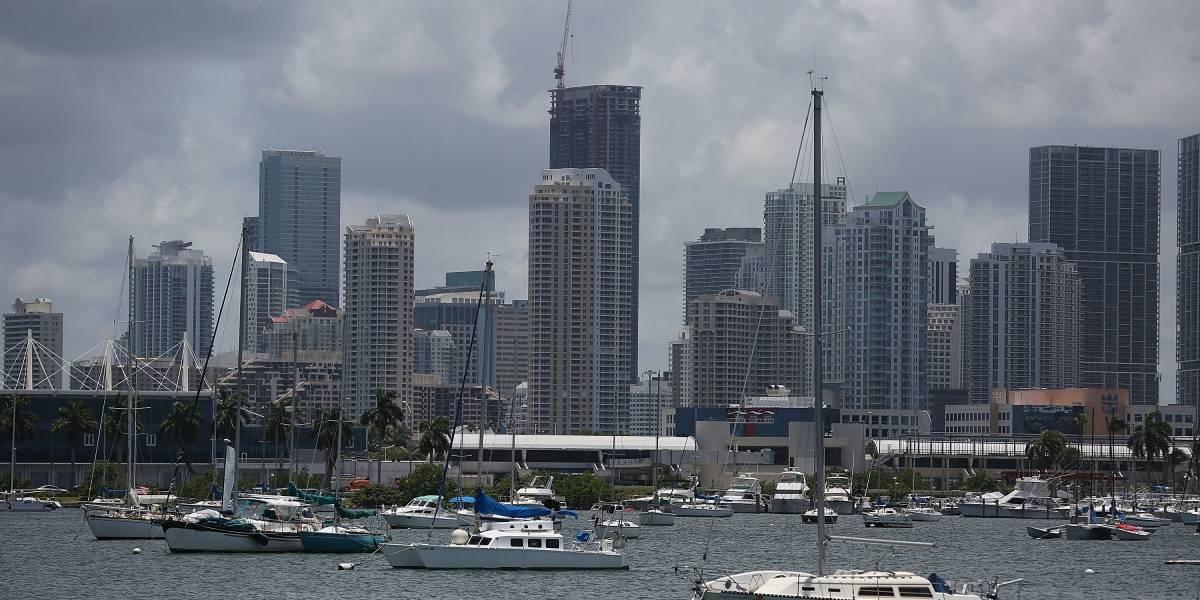 Denuncian agresión a un uribista en Miami por recoger firmas contra la JEP
