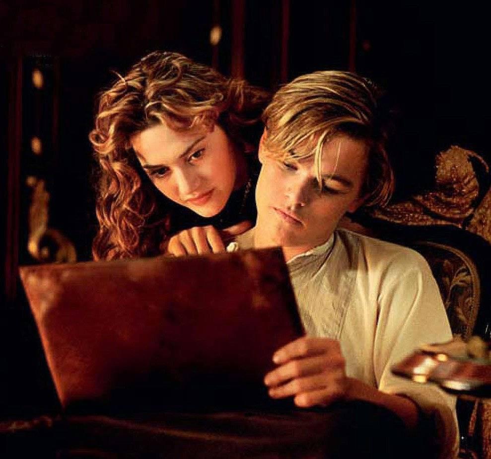 Kate Winslet e Leonardo DiCpario em Titanic