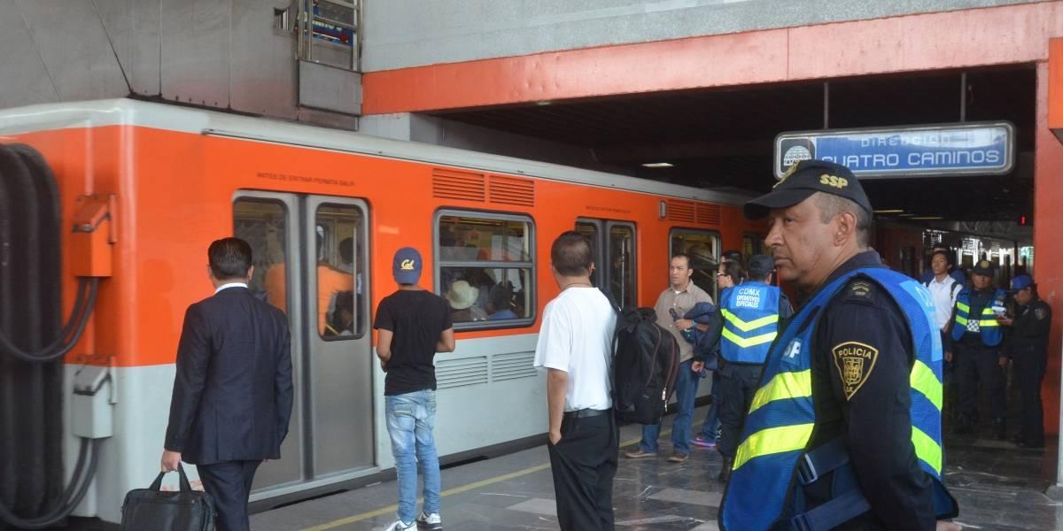 Anciano fallece en el Metro y nadie se percató de ello