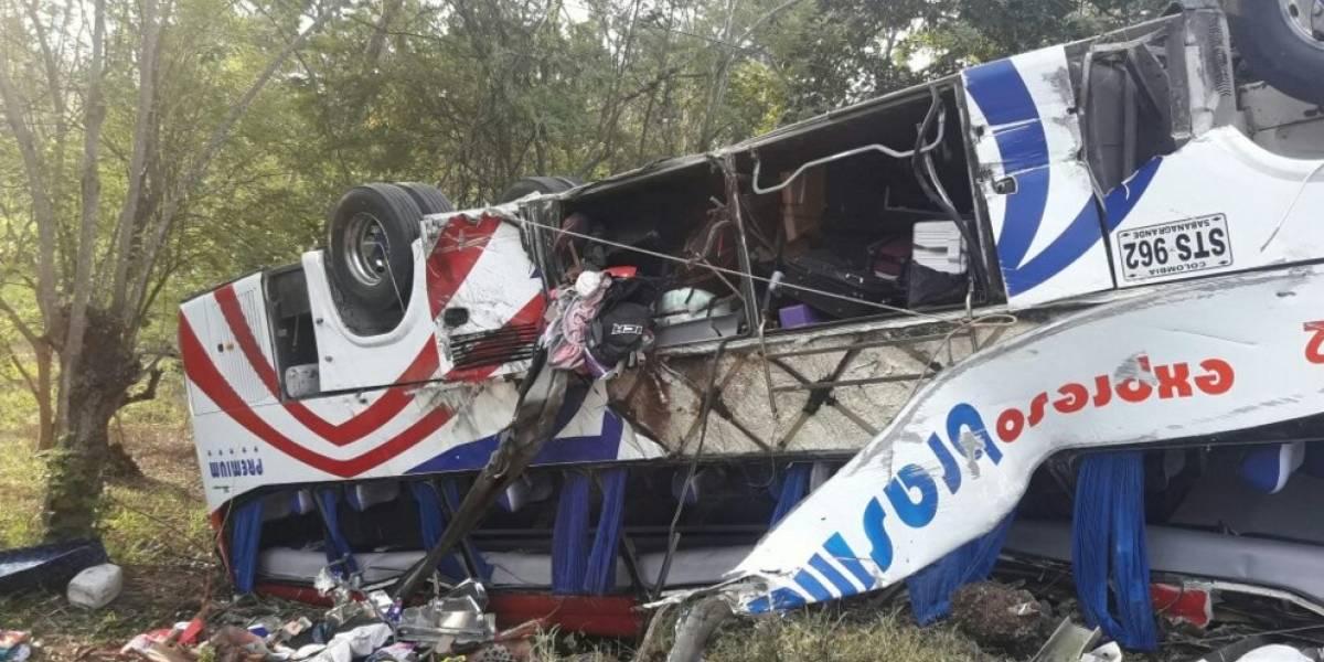 ¡Atención! Grave accidente de expreso Brasilia que iba a Medellín dejó cinco muertos