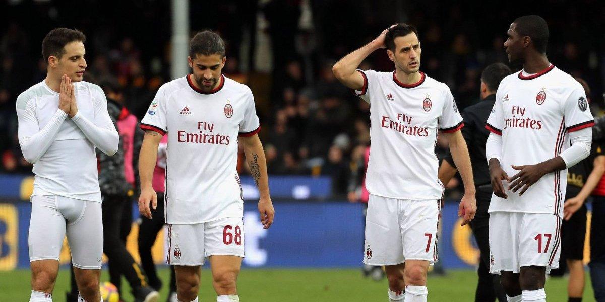 Milán sigue hundido y saca empate ante Benevento