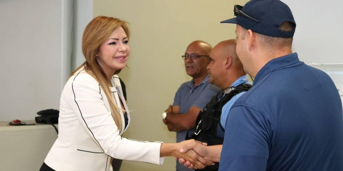 Senadora dice que llevó la luz a residenciales amotinados en Mayagüez