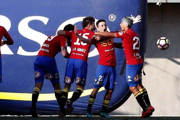Unión Española celebró y sigue luchando por ser campeón / imagen: Photosport