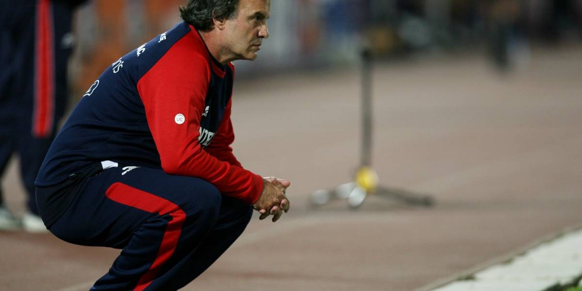 "La promesa futbolera de Alejandro Guillier: ""Vamos a tratar de traer de vuelta a Harold y Bielsa"""