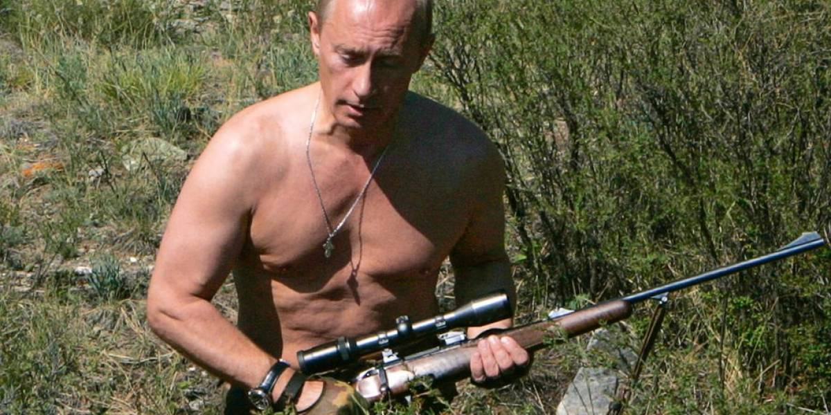 """¿Quién está comprando el """"delirante"""" calendario del presidente Vladimir Putin?"""