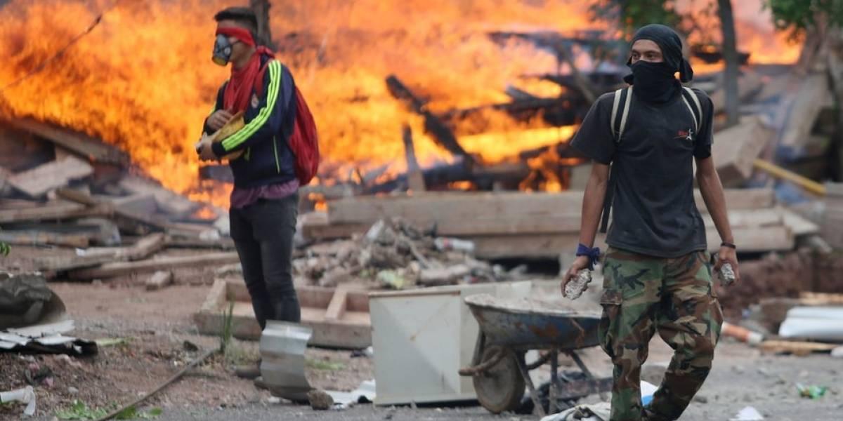 """""""Esto es la anarquía total"""": así se vive en Honduras la crisis tras la demora en el anuncio de los resultados de las elecciones celebradas hace una semana"""