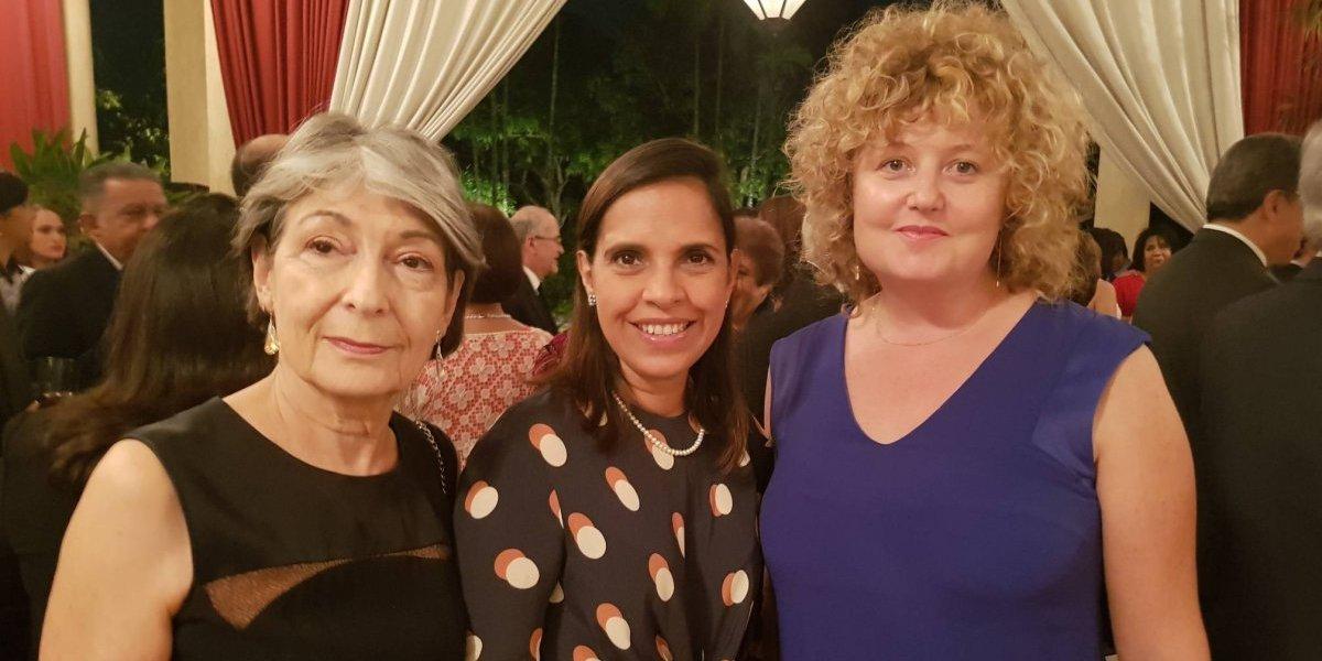 #TeVimosEn: Gobierno francés galardona labor de Magaly Caram a favor de la sociedad