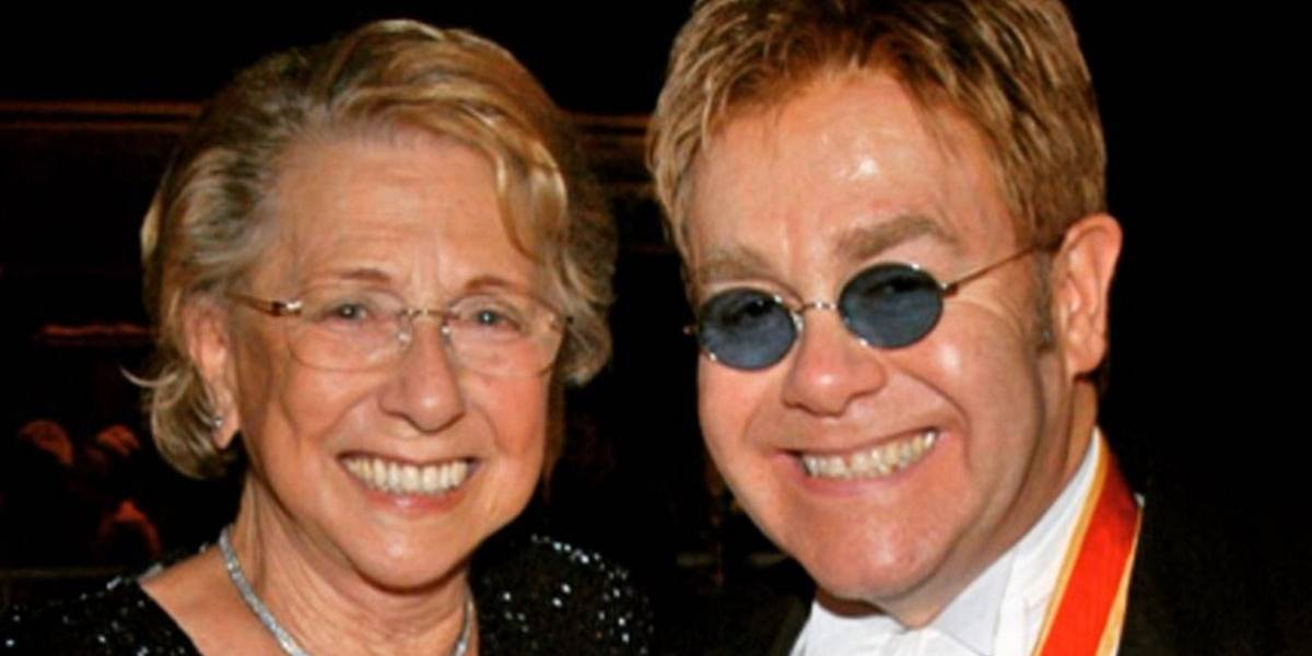 Mãe de Elton John morre meses após fazer as pazes com o cantor