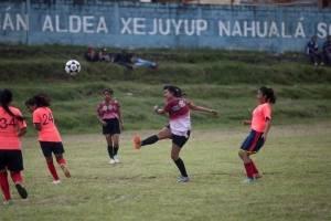 futbolistasindigenasguatemalaxejuyup3-bdddc90430e1ac35cd4b28f4eb00c769.jpg