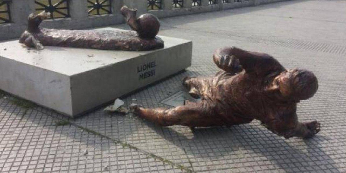 """A """"Lionel Messi"""" le cortaron las piernas en Buenos Aires"""