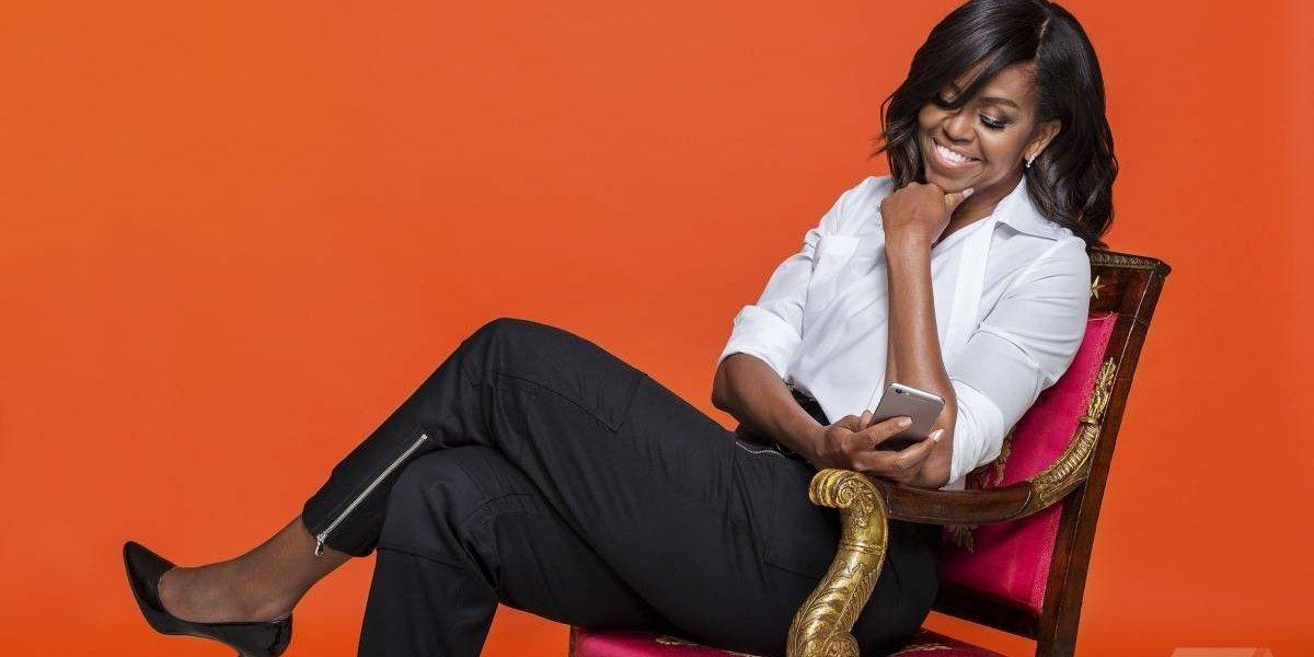 ¡Insólito! Conductor asegura que Michelle Obama es hombre y dice tener pruebas