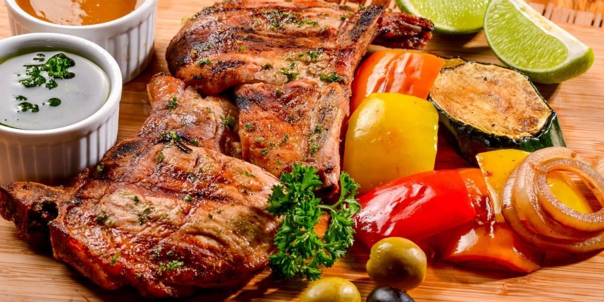 Abre restaurante CARNETTO; rincón gastronómico con especialidad en carnes